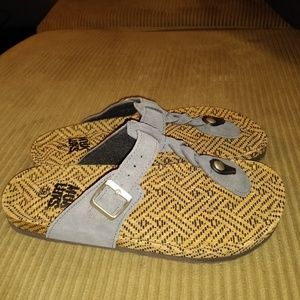 Muk Luk Gray Cow Suede Slip On Sandals